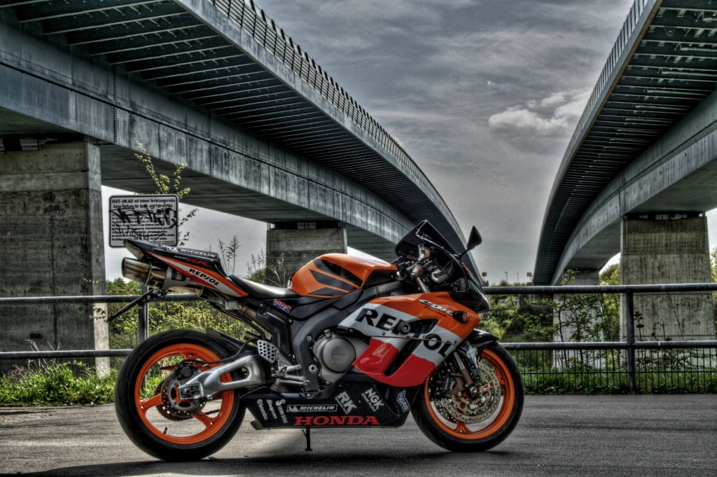 HDR image of my Honda CBR 1000 RR FireBlade SC57 at the kiel canal
